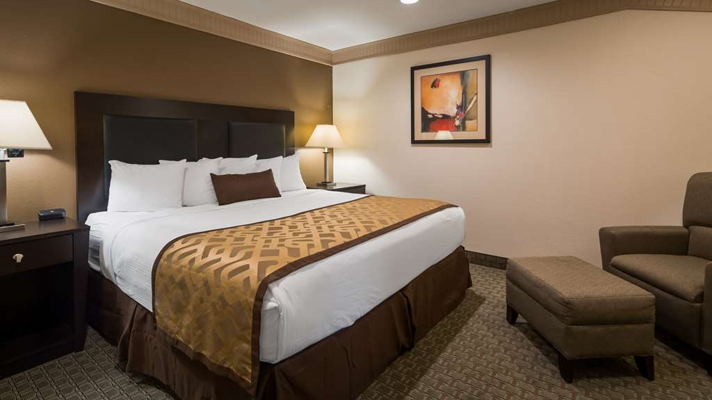 Best Western Plus Concordville Hotel - Premium King Suite with one king bed.