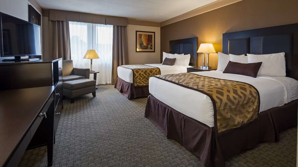 Best Western Plus Concordville Hotel - Deluxe Two Double Bed Guest Room
