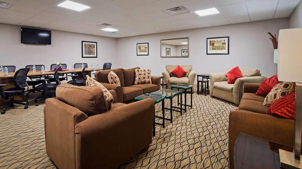 Best Western Plus Concordville Hotel - Our Executive Board room is perfect for your next corporate retreat