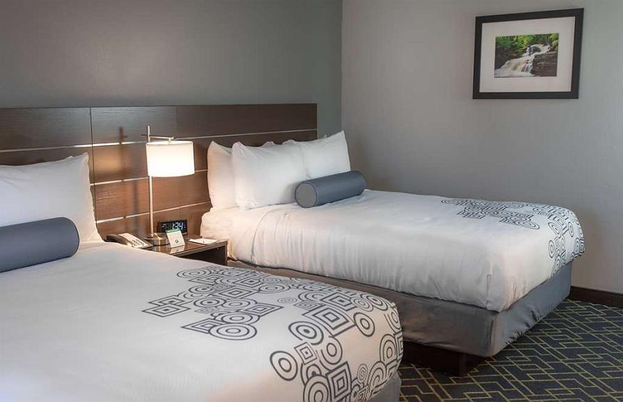 Excellent Hotel En Matamoras Best Western Inn At Hunts Landing Beatyapartments Chair Design Images Beatyapartmentscom