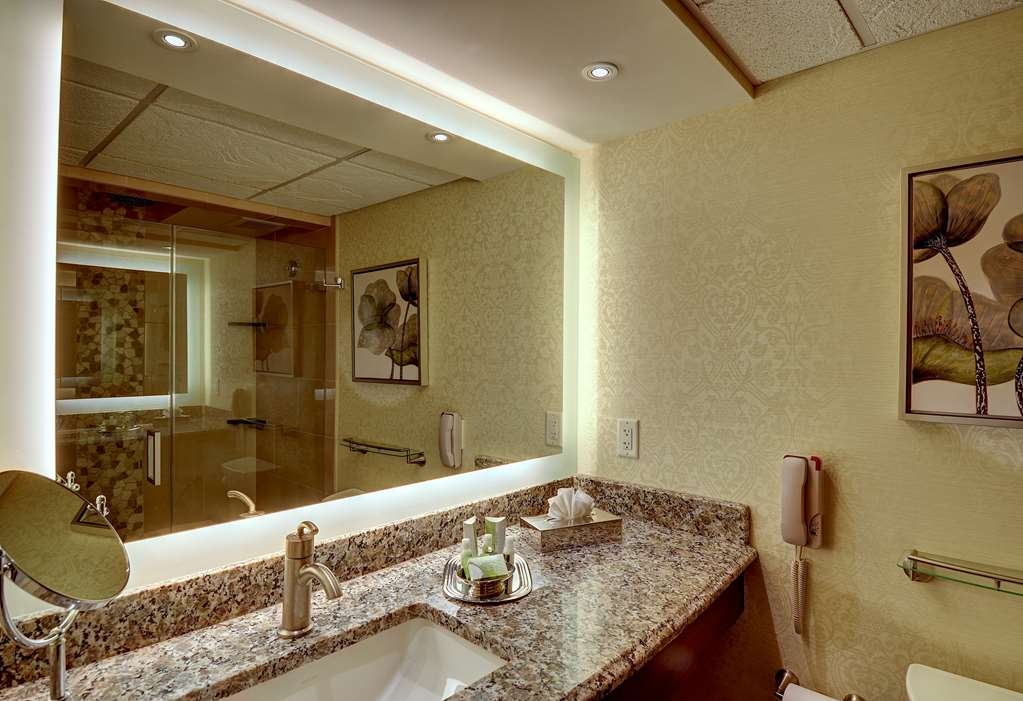 Eden Resort and Suites, BW Premier Collection - Bagno
