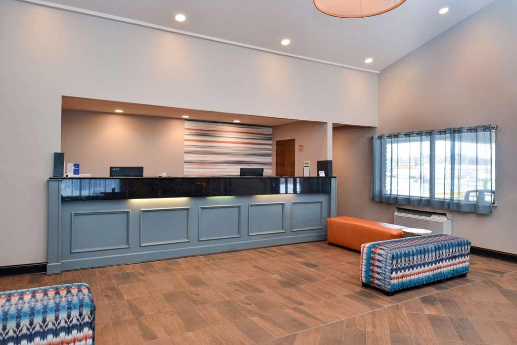 Best Western Westgate Inn - Vista del vestíbulo