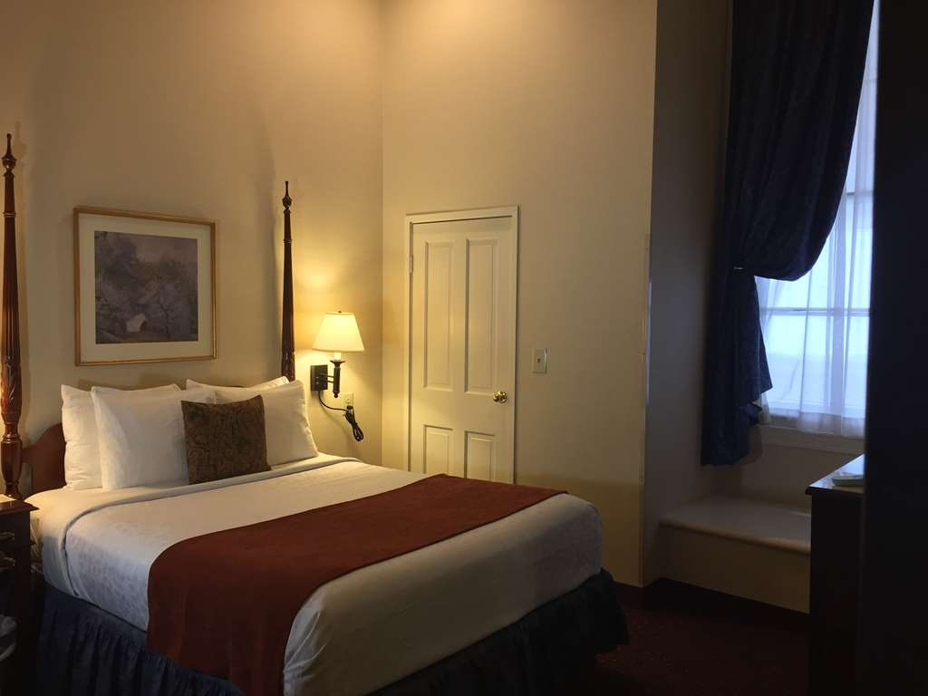 Best Western Plus Independence Park Hotel - Mobility Accessible Queen Room