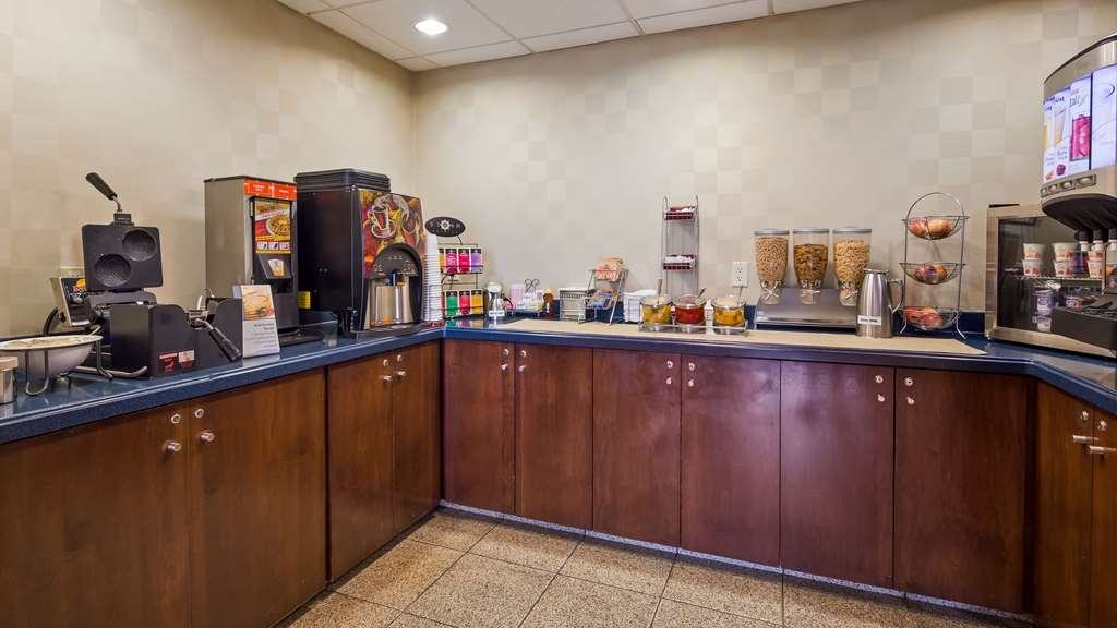 Best Western Lock Haven - We offer gluten free items and our coffee, tea and juice is available all day for your convenience.