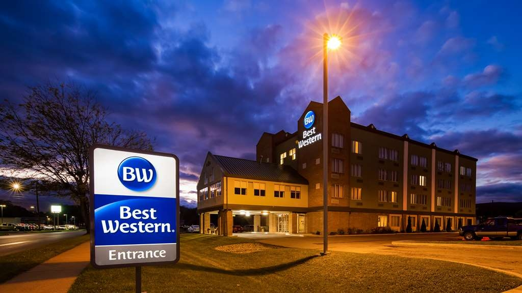 Best Western Lock Haven - Welcome to the Best Western Lock Haven. If you are here for business or pleasure our staff is looking forward to making your stay enjoyable.