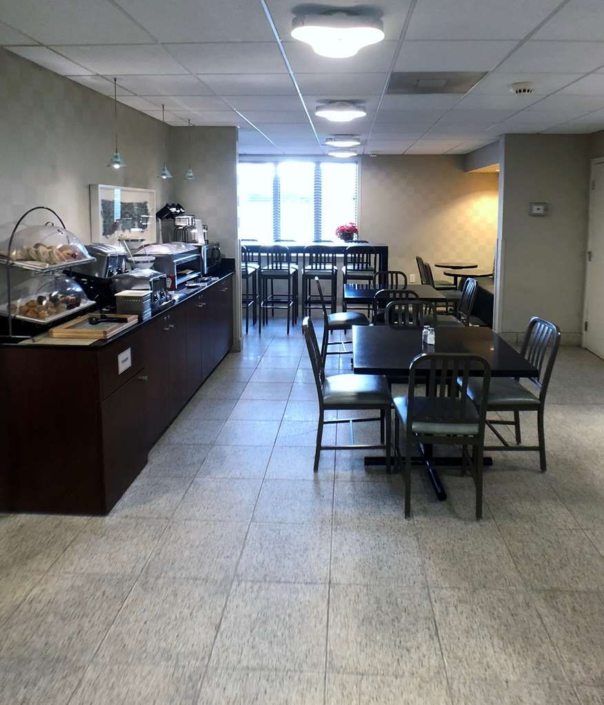 Best Western Lock Haven - Enjoy a free hot breakfast daily! We offer cereals, yogurt, waffles, plus many other items.