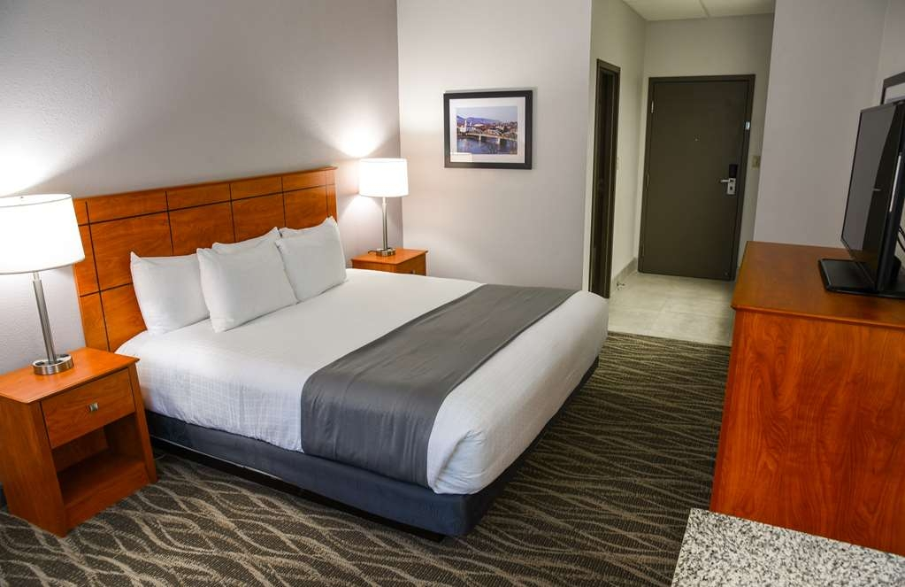 Best Western Lock Haven - Our king room offers a coffee pot, iron, ironing board, hairdryer, free WIFI and cable with HBO. Our king room also offers a whirlpool tub, for 1 person, and a large desk for your convenience.
