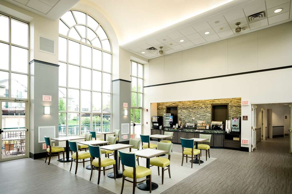 Best Western Plus The Inn at King of Prussia - Restaurant / Gastronomie