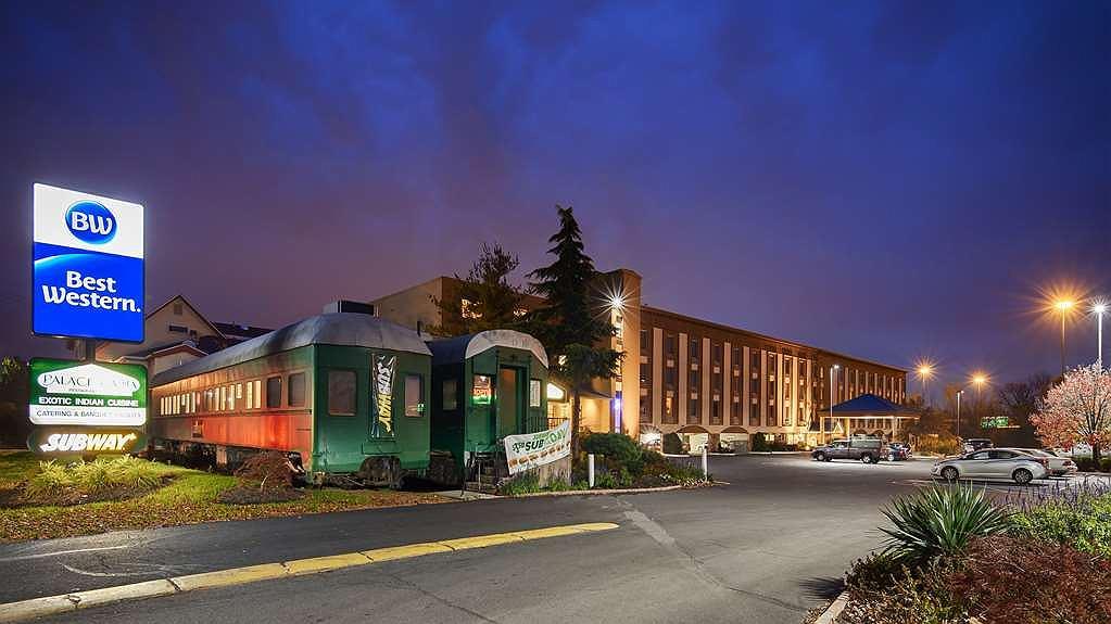 Best Western Fort Washington Inn - Area esterna