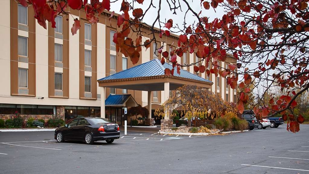 Best Western Fort Washington Inn - Facciata dell'albergo
