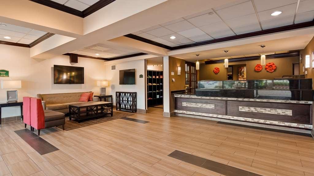 Best Western Fort Washington Inn - Hall
