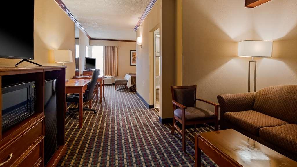 Best Western Fort Washington Inn - Suite