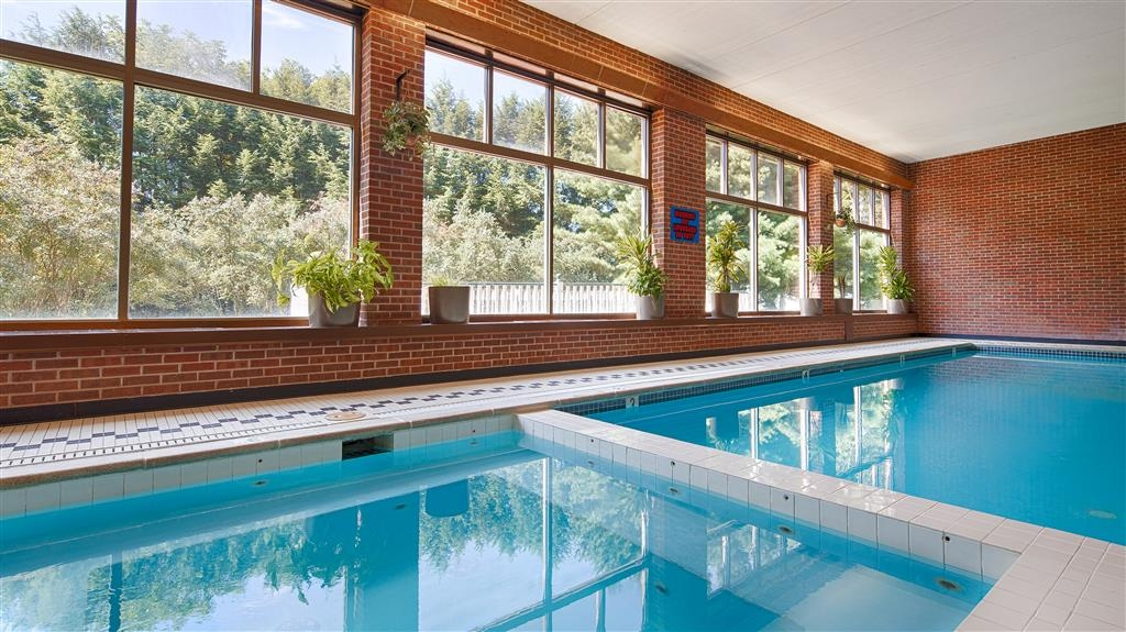 Best Western Grand Victorian Inn - Enjoy our indoor heated pool or relax in our hot tub open year round! See posted hours.