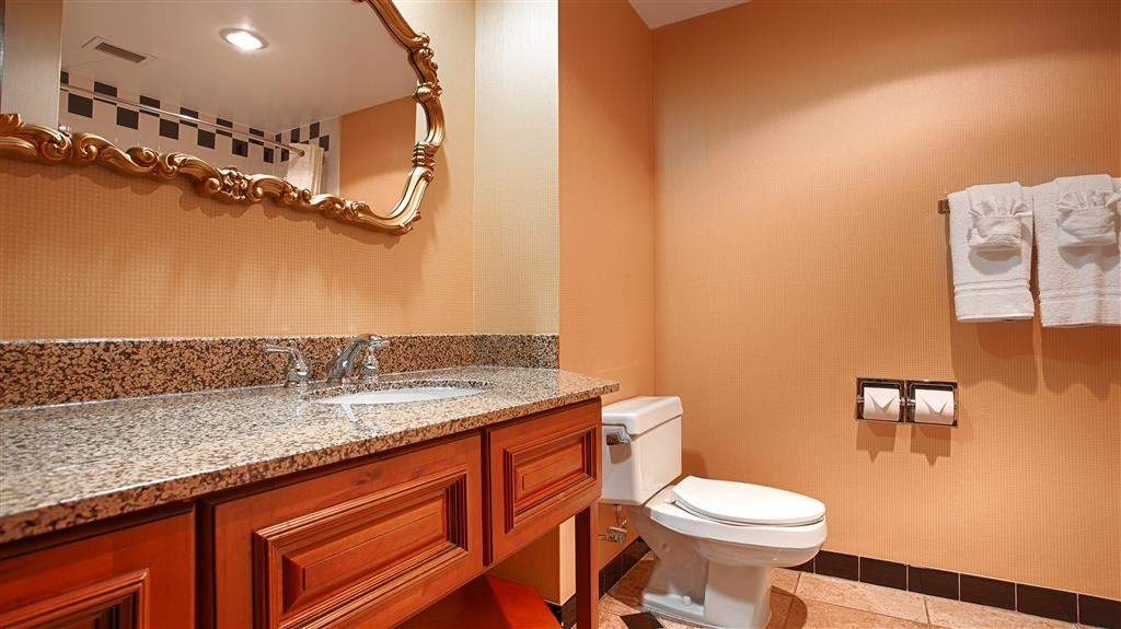 Best Western Grand Victorian Inn - All guest bathrooms have a large vanity with plenty of room to unpack the necessities.
