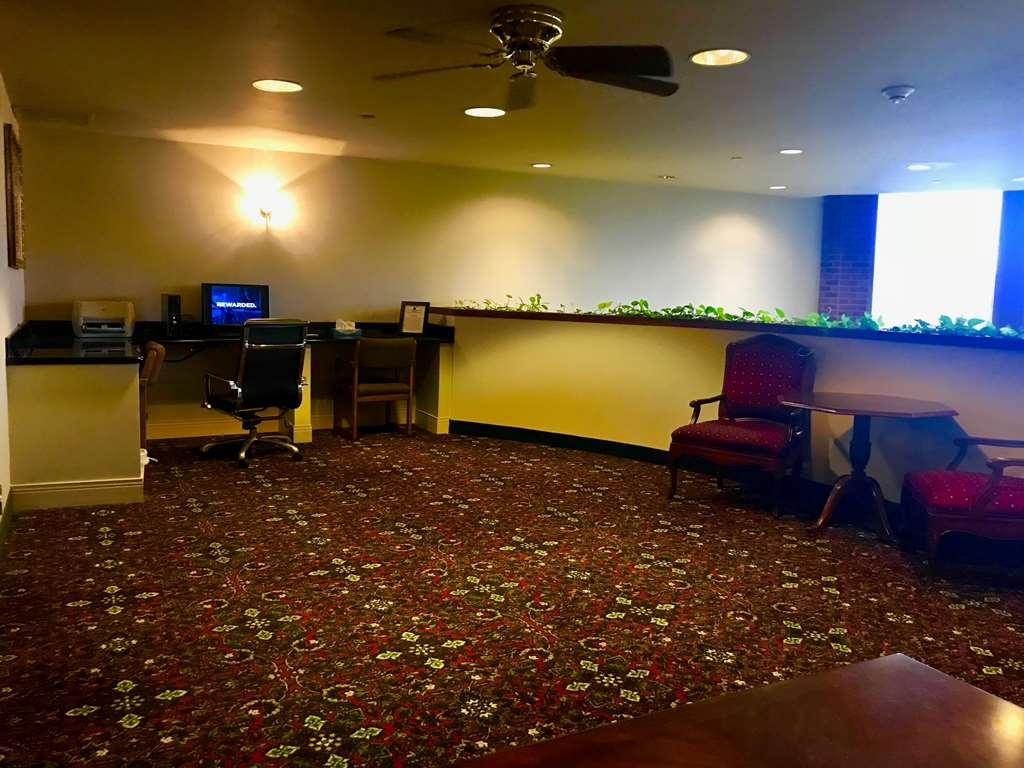 Best Western Grand Victorian Inn - Our business center is available to help your prepare travel itineraries, send emails or browse the web.