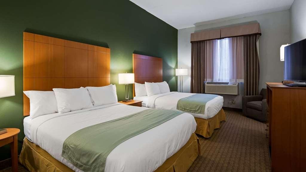 Best Western Garden Inn - Two Queen Guest Room