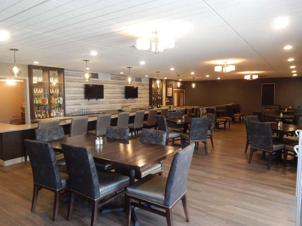 Best Western Plus Bradford Inn - Restaurant / Etablissement gastronomique