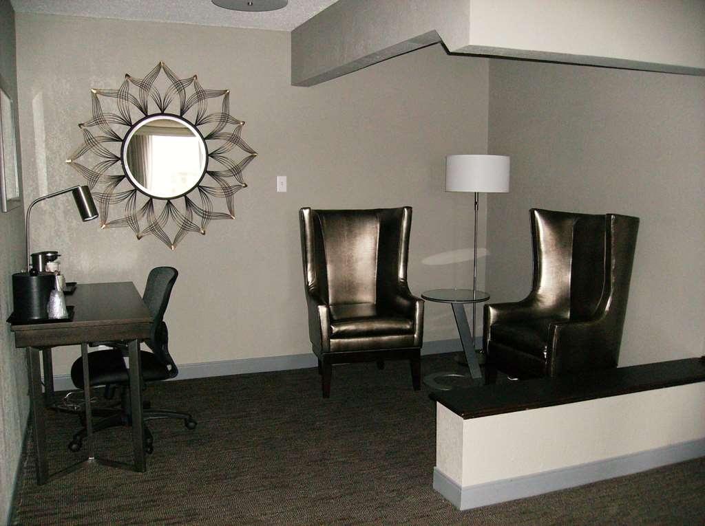 Best Western Plus Bradford Inn - Suite