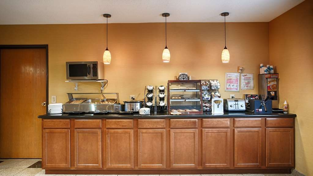Best Western Shippensburg Hotel - Le petit déjeuner buffet