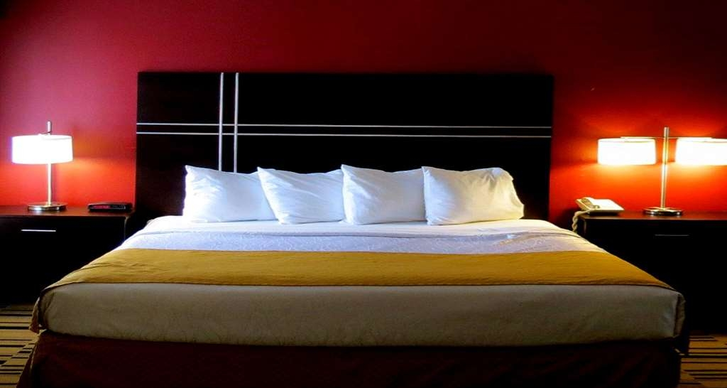 Best Western Shippensburg Hotel - Non-Smoking King Suites