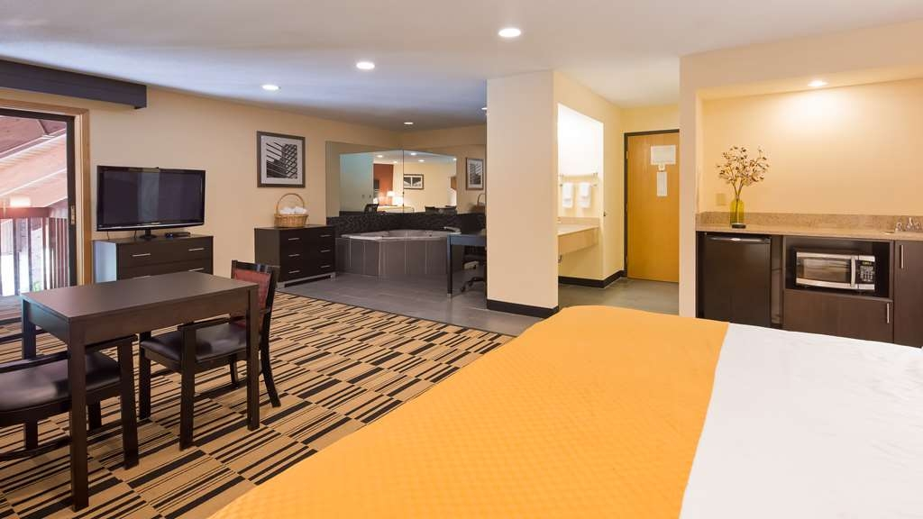 Best Western Shippensburg Hotel - Suite