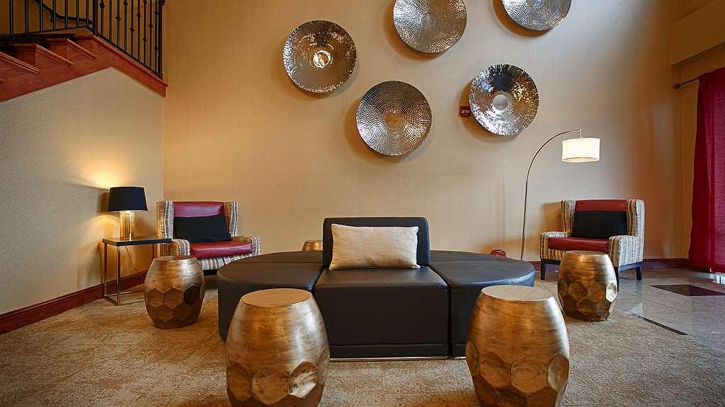 Best Western Plus New Cumberland Inn & Suites - Lobbyansicht