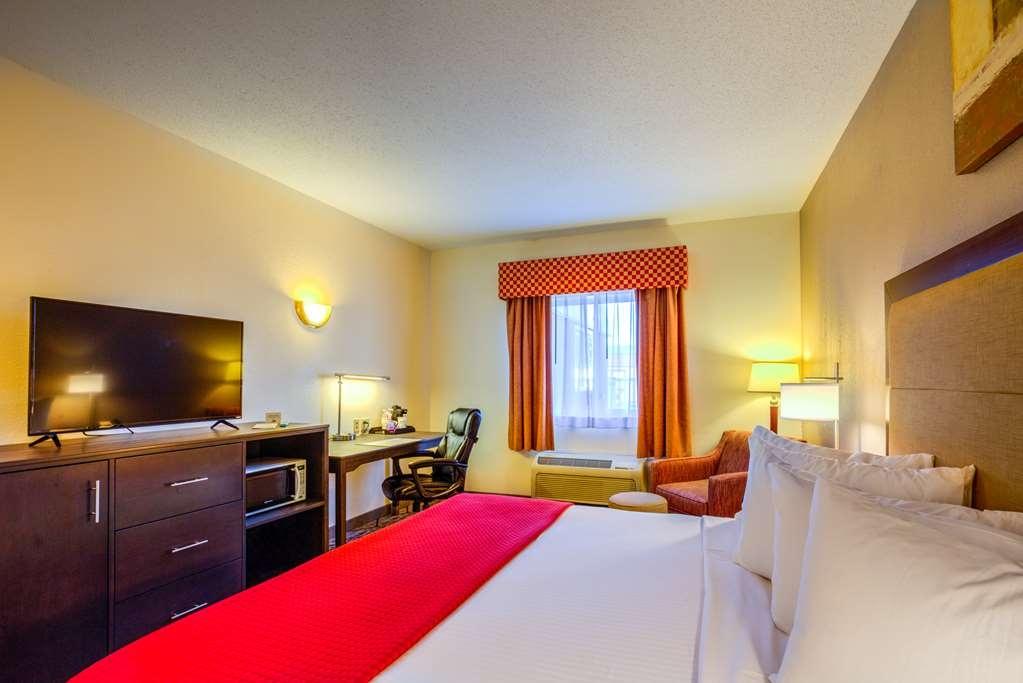 Best Western Nittany Inn Milroy - Suite