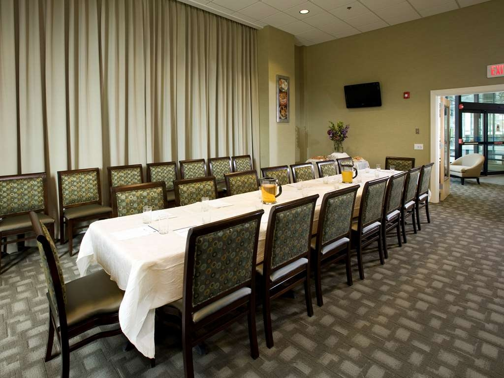 Best Western Plus Philadelphia Airport South at Widener University - Sala de reuniones