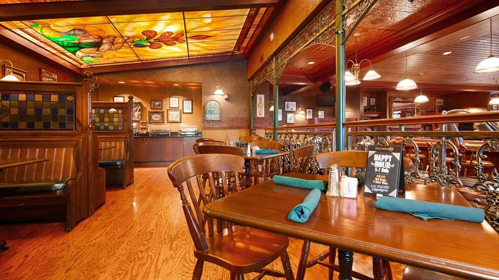 Best Western Premier The Central Hotel & Conference Center - Enjoy friendly, personalized service and great food in our full-service restaurant, O'Reilly's Taproom and Kitchen, serving breakfast, lunch, and dinner daily!