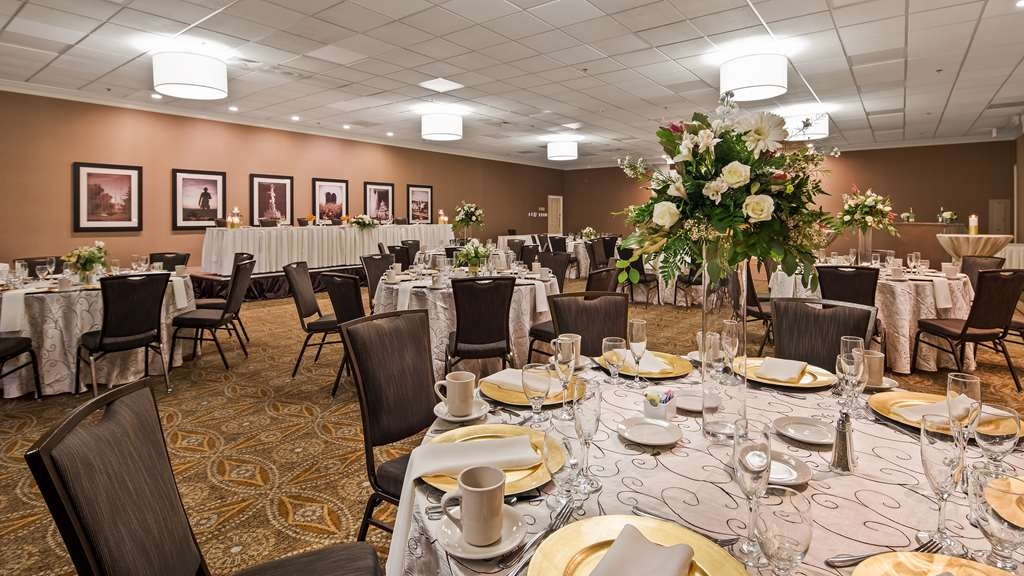 Best Western Premier The Central Hotel & Conference Center - Ballroom