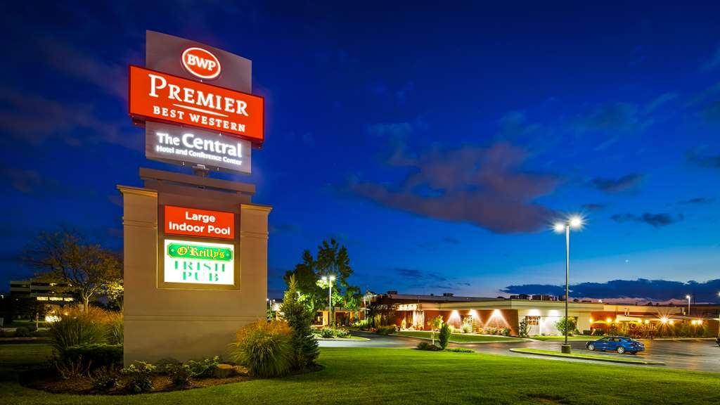 Best Western Premier The Central Hotel & Conference Center - Vista Exterior
