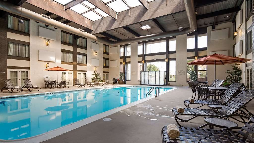 Best Western Premier The Central Hotel & Conference Center - Oversized Heated Indoor Pool!