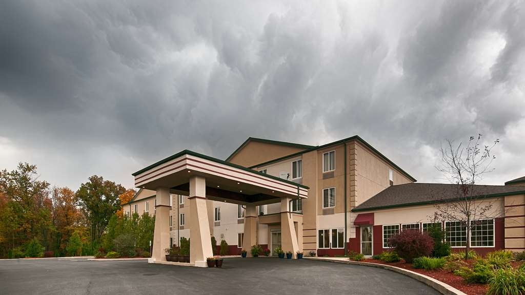 Best Western Harrisburg Hershey Hotel - Facciata dell'albergo
