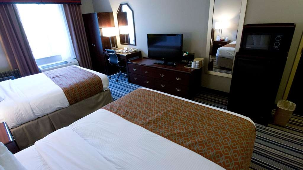 Best Western Harrisburg Hershey Hotel - Double Queen Guest Room