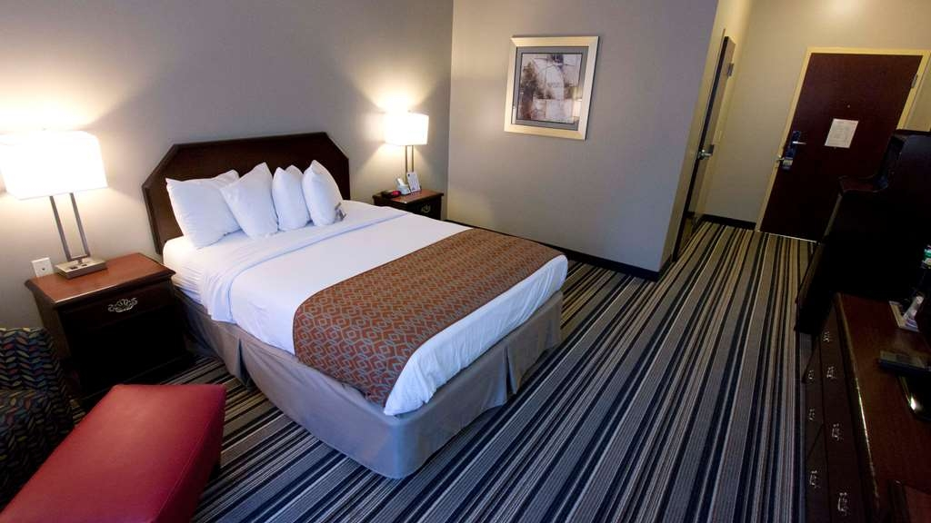 Best Western Harrisburg Hershey Hotel - Queen Mobility Accessible Room