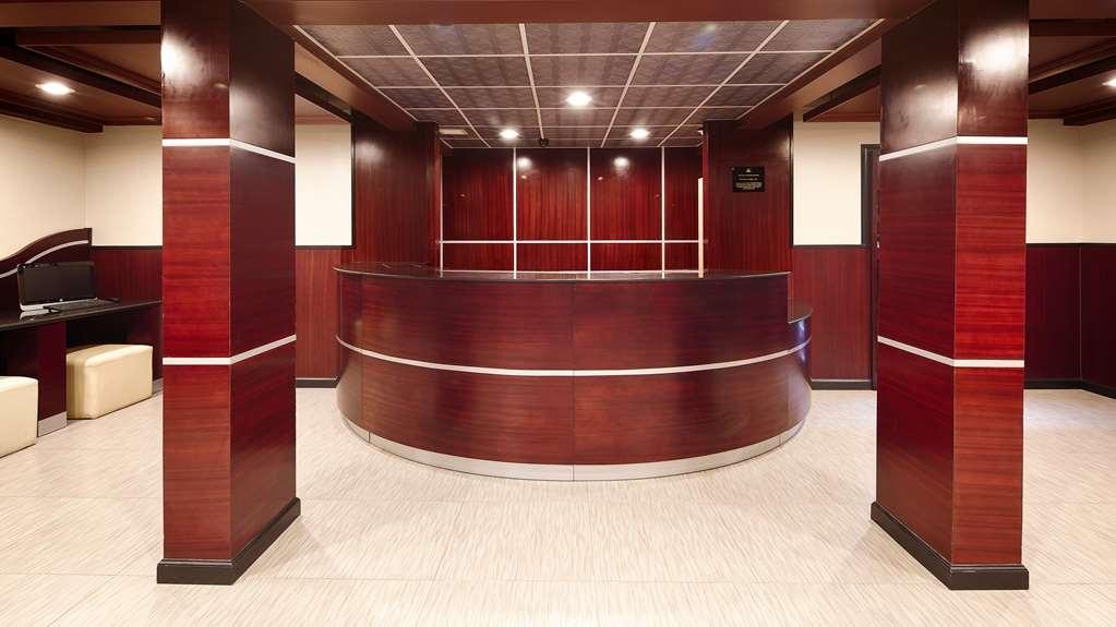 Best Western Plus Poconos Hotel - recepción