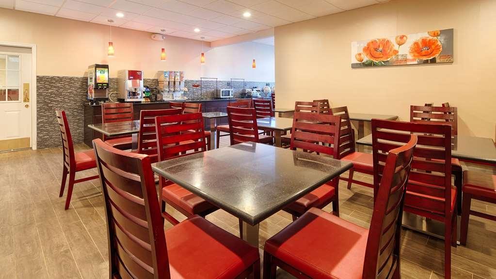 Best Western Plus Poconos Hotel - Desayuno Buffet