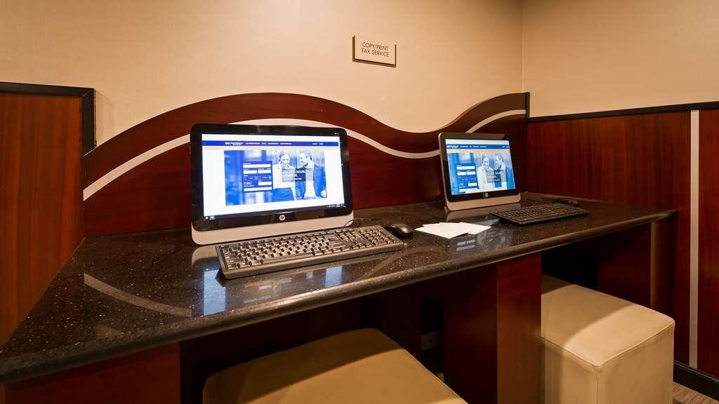 Best Western Plus Poconos Hotel - centro de negocios-característica
