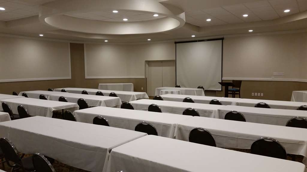 Best Western Plus Philadelphia Bensalem Hotel - Plan your next meeting in our newly renovated rooms.