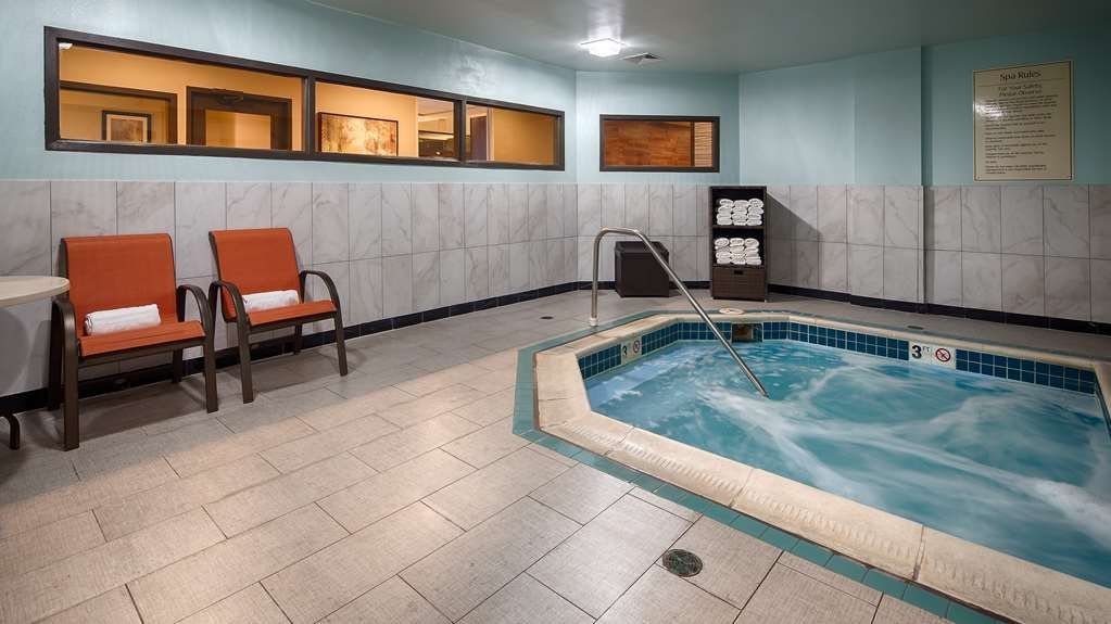 Best Western Plus Harrisburg East Inn & Suites - chaud baignoire