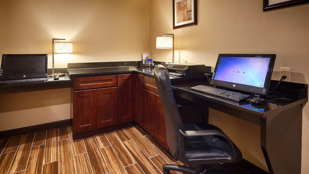 Best Western Plus Harrisburg East Inn & Suites - centre des affaires