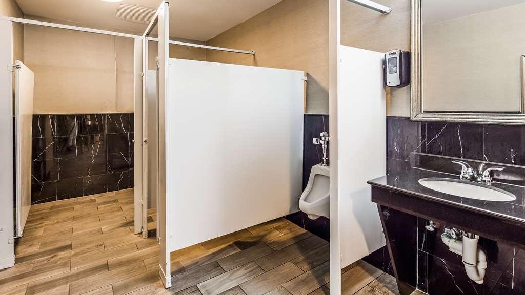 Best Western Plus Harrisburg East Inn & Suites - proprietà amenità