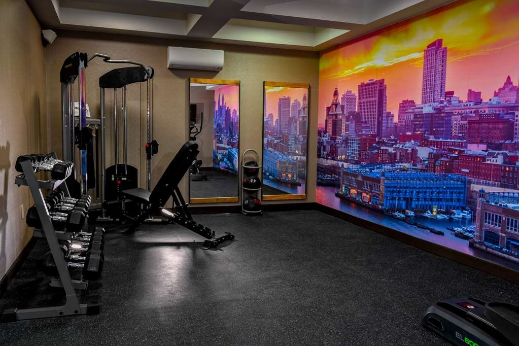 Best Western Plus Philadelphia Convention Center Hotel - Exercise Room