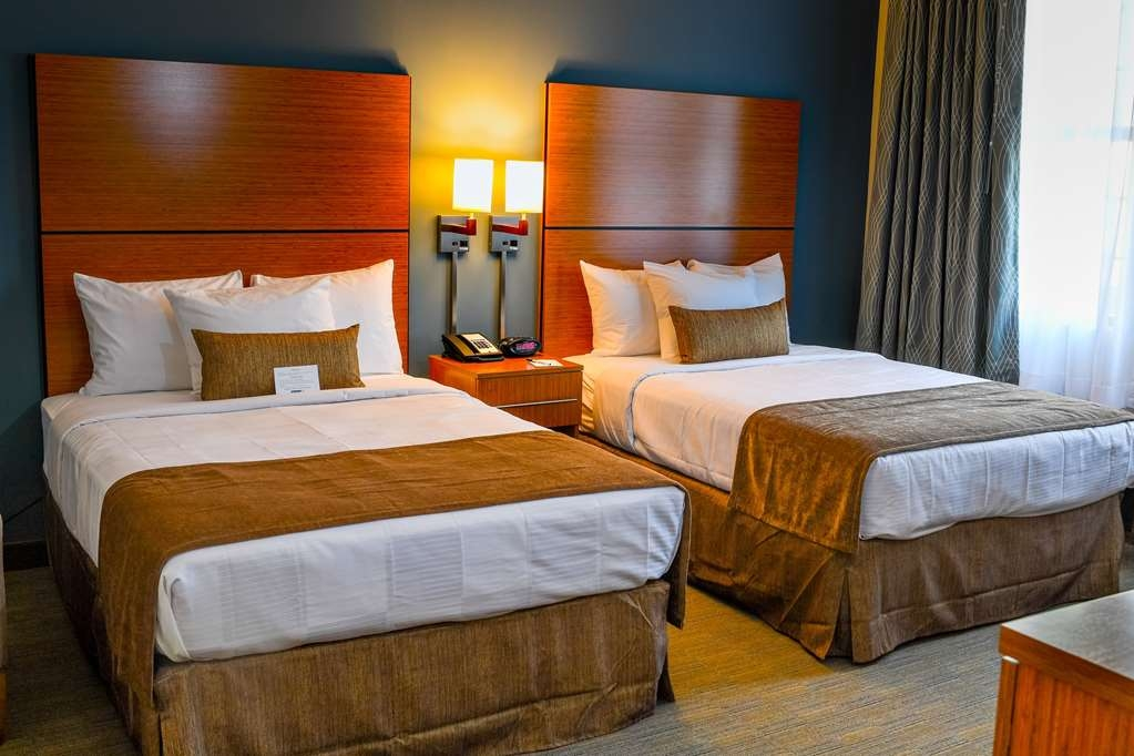 Best Western Plus Philadelphia Convention Center Hotel - Double Bedded Guest Room