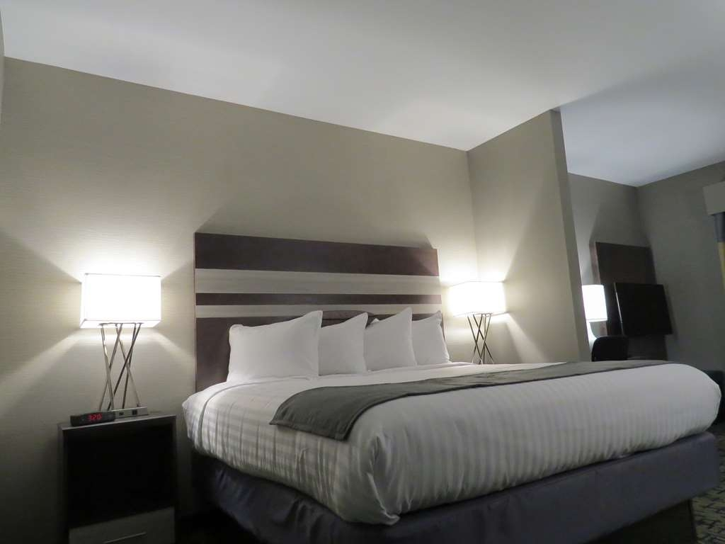 Best Western Plus Erie Inn & Suites - Habitaciones/Alojamientos