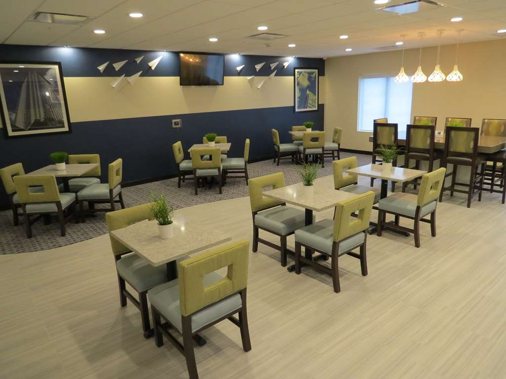 Best Western Plus Erie Inn & Suites - Restaurante/Comedor
