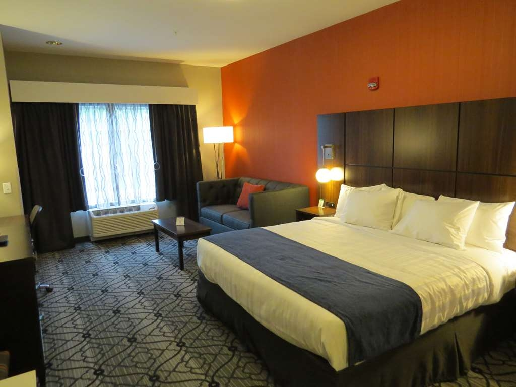 Best Western Gettysburg - King Mobility Accessible Guest Room