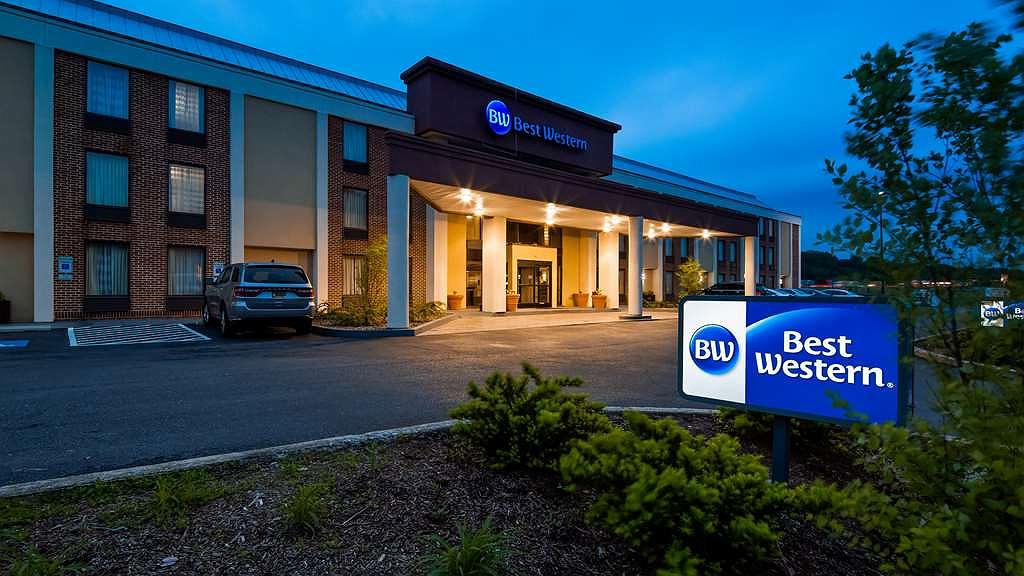 Best Western Harrisburg North - Aussenansicht