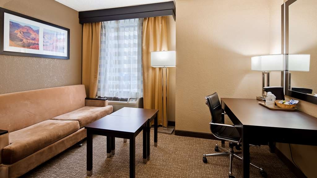 Best Western Harrisburg North - Guest Room
