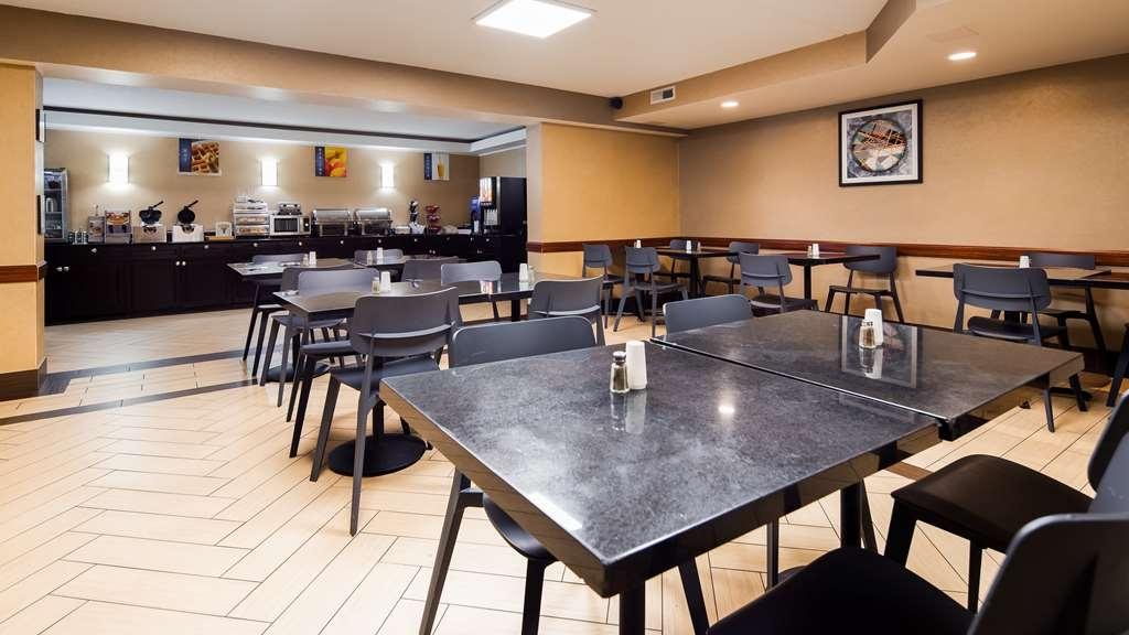 Best Western Harrisburg North - Breakfast Area